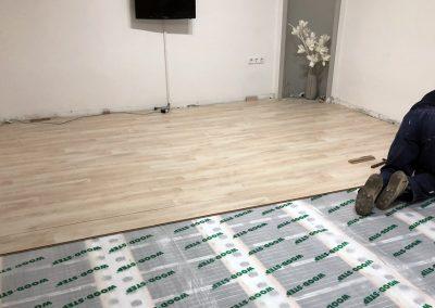 Laminated floor heating Pecs