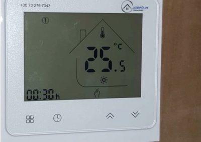 Caravan heating thermostat